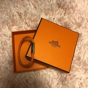 NIB Hermès Tour Leather Bracelet/Orange